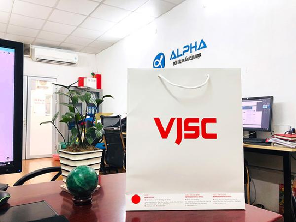 Thật ấn tượng với mẫu in túi giấy giá rẻ cho VJSC