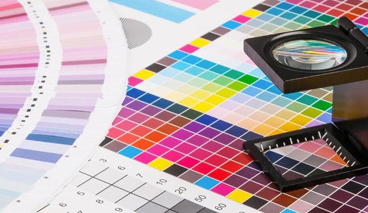 In Proof là kỹ thuật in giúp bên in ấn và cả khách hàng kiểm tra màu đã chuẩn theo yêu cầu hay chưa.